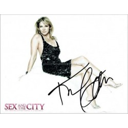 Kim Cattrall Autographed 10x8 Photo