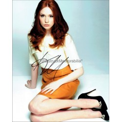 Karen Gillan Autographed 10x8 Photo