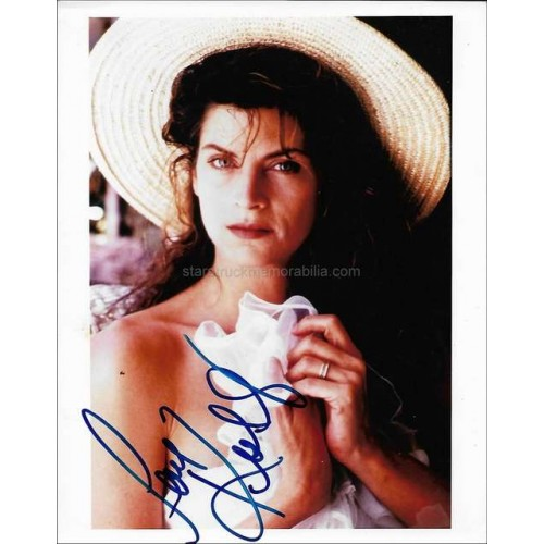 Kirstie Alley Autographed 10x8 Photo