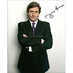 Nigel Havers Autographed 10x8 Photo