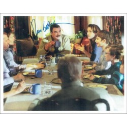 Tom Selleck Autographed 11x8 Photo
