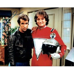 Henry Winkler Autographed 10x8 Photo