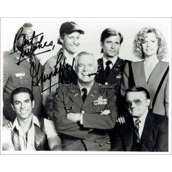George Peppard Autographed 10x8 Photo