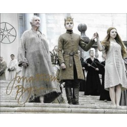 Jonathan Pryce Autographed 10x8 Photo