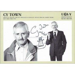 Cy Town Autographed 8x6 Photocard