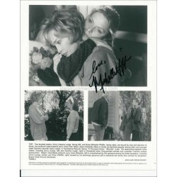 Michelle Pfeiffer Autographed 10x8 Photo
