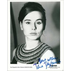 Tara Fitzgerald Autographed 10x8 Photo