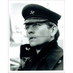 Tom Courtenay Autographed 10x8 Photo