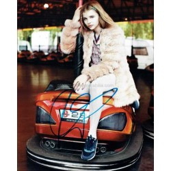 Chloe Grace Moretz Autographed 10x8 Photo