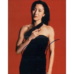 Michelle Yeoh Autographed 10x8 Photo