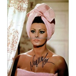 Sophia Loren Autographed 10x8 Photo