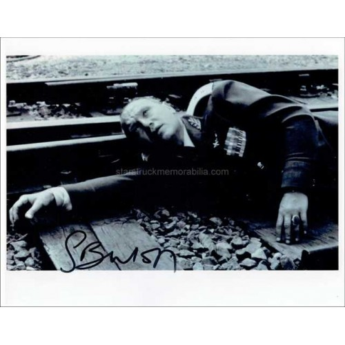 Steven Berkoff Autographed 10x8 Photo