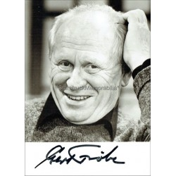 Gert Frobe Autographed 6x4 Photocard