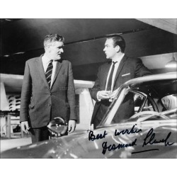 Desmond Llewelyn Autographed 10x8 Photo