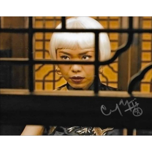 Yennis Cheung Autographed 10x8 Photo