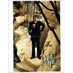 Yaphet Kotto Autographed 10x8 Photo