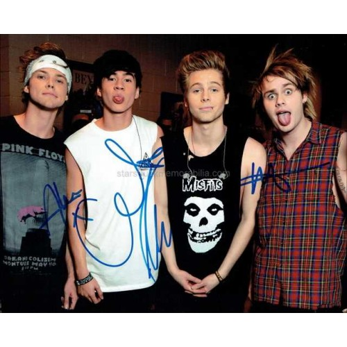 5 Seconds Of Summer Autographed 10x8 Photo