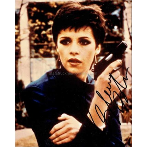Sheena Easton Autographed 10x8 Photo