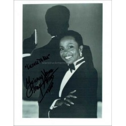 Gladys Knight Autographed 10x8 Photo