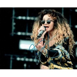 Ella Eyre Autographed 10x8 Photo