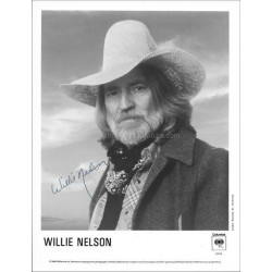 Willie Nelson Autographed 10x8 Photo